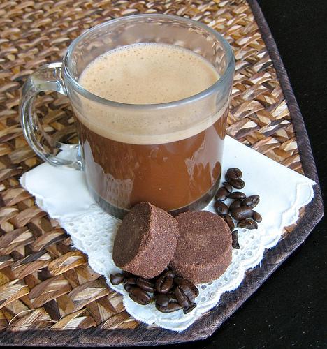 Tsokolate: Filipino Hot Chocolate - Burnt Lumpia: Filipino